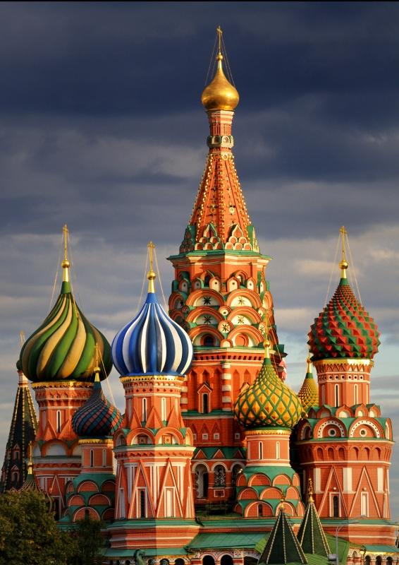 pedro arriola kremlin